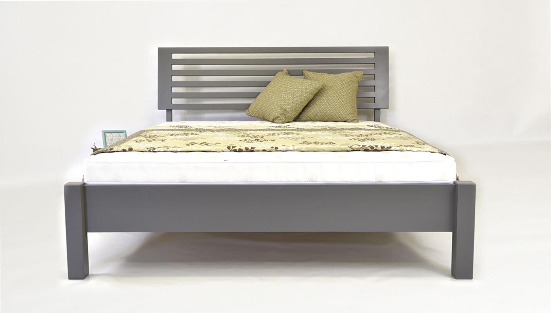 Módne morená šedá posteľ Oslo v škandinávskom dizajne. (Výrobca: NÁBYTOK MIREK)